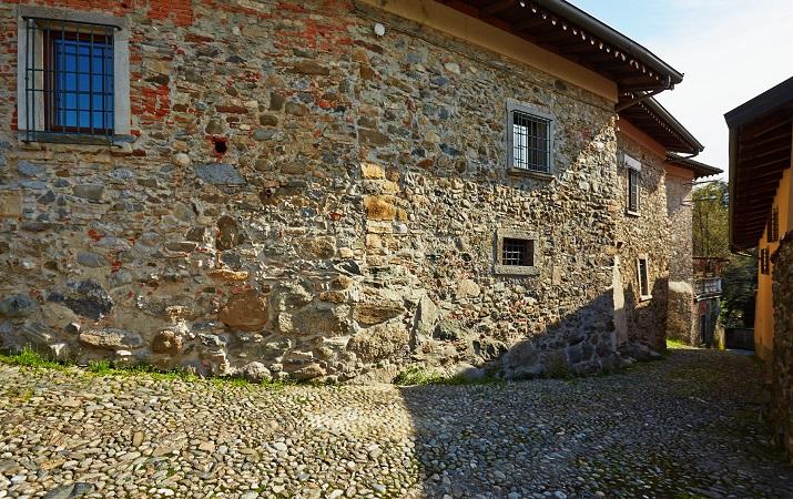 Dimora storica trecentesca a Villa d\'Adda vicino a Milano e Bergamo
